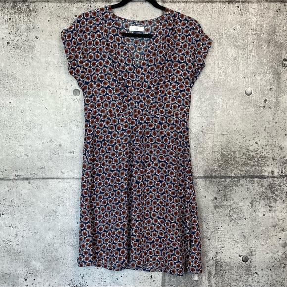 LA REDOUTE Dresses & Skirts - LA REDOUTE // Floral Print Short Sleeve Dress